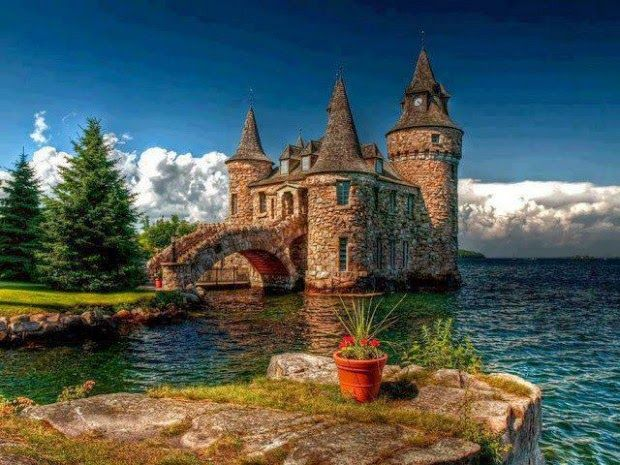 Boldt Castle Heart Island USA. I loved this place, area is called The Thousand Islands. Def recommend going to Kingston, Canada and seeing Alexandria Bay if your in the area for awhile.