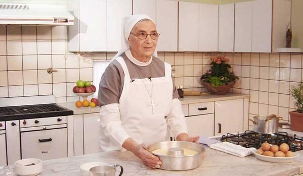 Exitoina @exitoina Murió la Hermana Bernarda http://goo.gl/xYgiZy