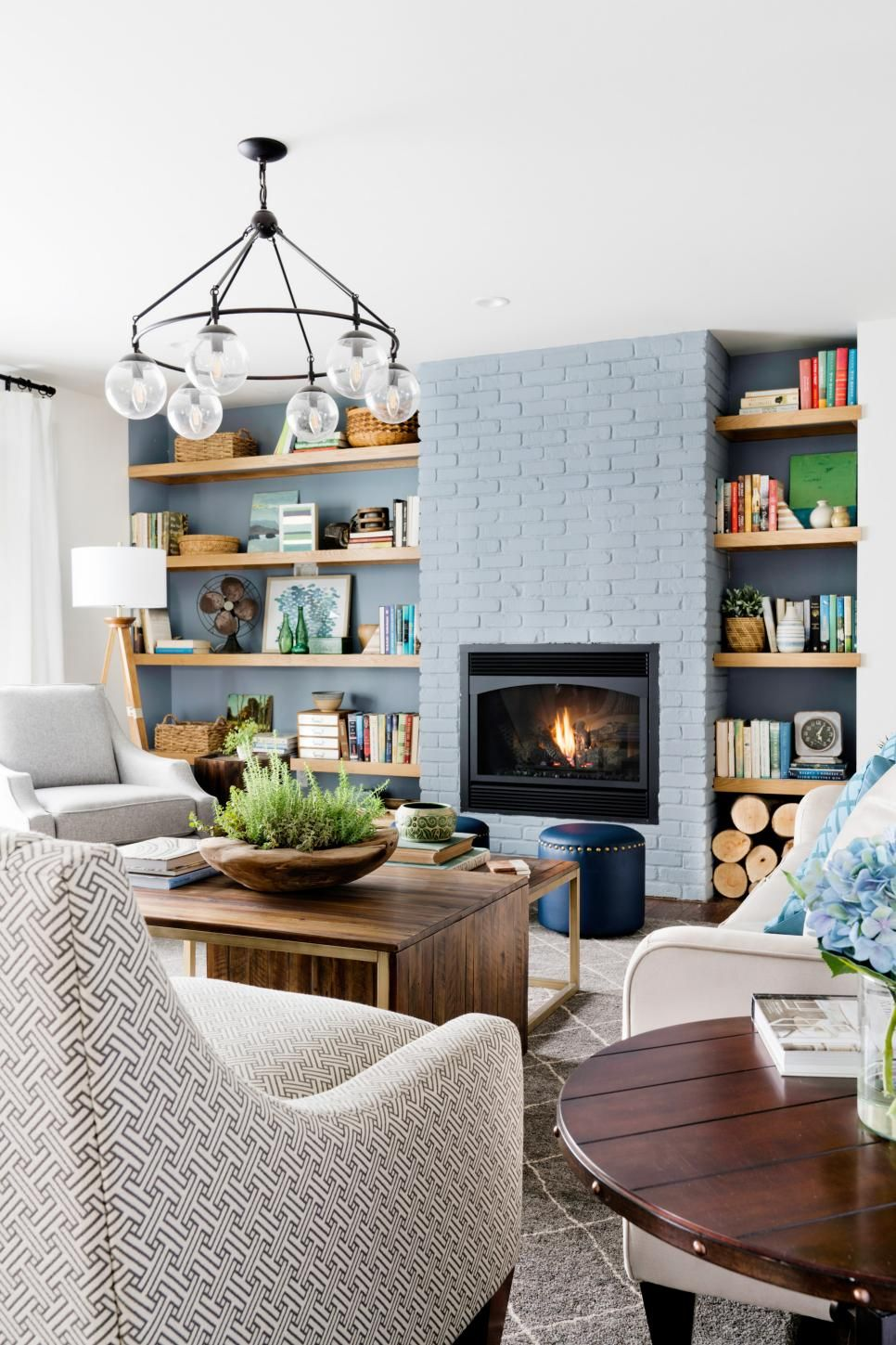 Living Room Pictures From DIY Network Ultimate Retreat 2017 ...