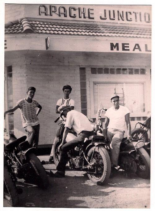 Apache Junction Arizona 1949 Via Love Cycles Vintage Biker Vintage Motorcycles Motorcycle