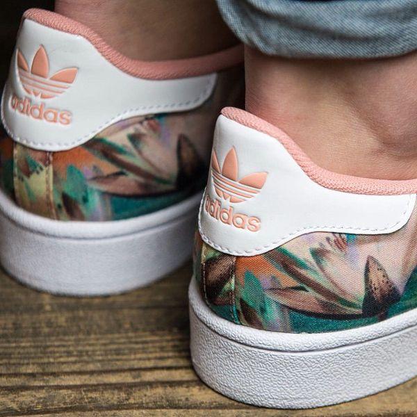 Épinglé sur Custom chaussures
