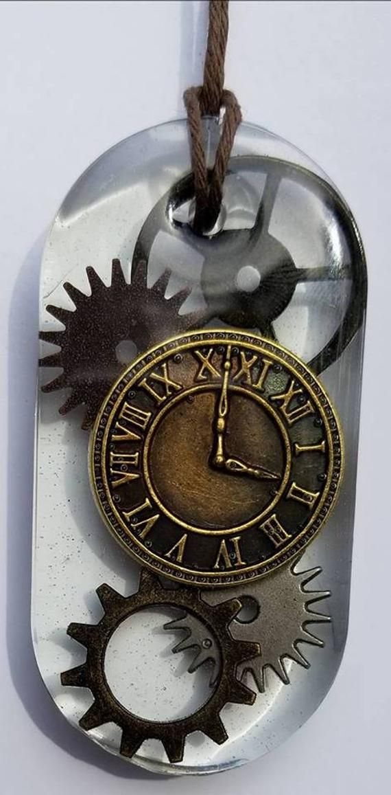 Handcrafted Resin Necklace Steampunk, Gears, Clock in 2019