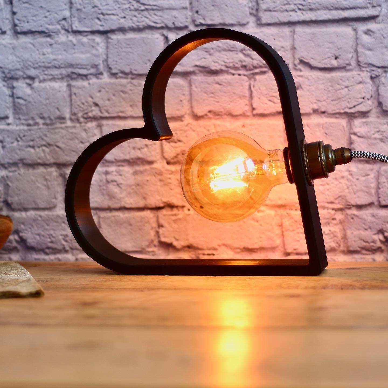 Heute Abend Gibt Es Wieder Eine Neue Lampenkreation Wie Meine Letzte Lampe Ist Diese Auch Mit Dem 3d Drucker Hergestellt Ich Bin W In 2020 Wall Lights Light Decor
