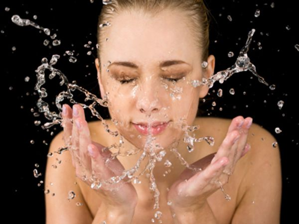 Ladies Follow these routine skin care tips each night! http://bmorechix.com/2013/04/03/great-skin-is-just-a-night-away/