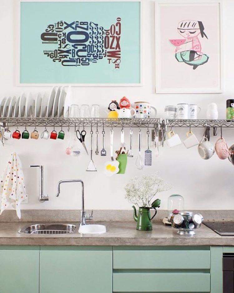 Porque cozinha divertida é o que nós gostamos!!  www.diycore.com.br #amor #arte #cozinha #kitchen #DIY #organização #arquitetura #blog #cor #casa #cores #dica #decor #design #decoração #decoración #decoration #home #homedecor #homedesign #love #postet #ideia #interior #instacasa #instagood #instahome #instalove #instadecor