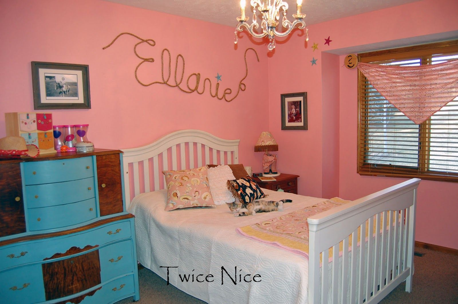 1000  images about Esabelle Room ideas on Pinterest   Horse bedrooms  Light switches and Texas girls
