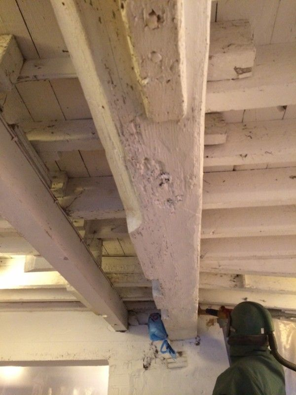 Oak Beam Cleaning Stripping Process Removing Paint From Timber Beams How To Remove Ceiling
