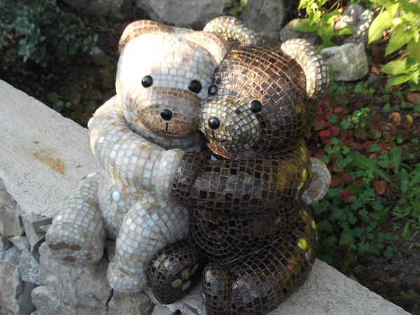 Resine Garden Or Yard / Outside And Outdoor By Nadège Gesvres Titled:  U0027tendresse (Embracing (Mosaic Pair Of Teddy Bears Sculpture Or Statuette)u0027.