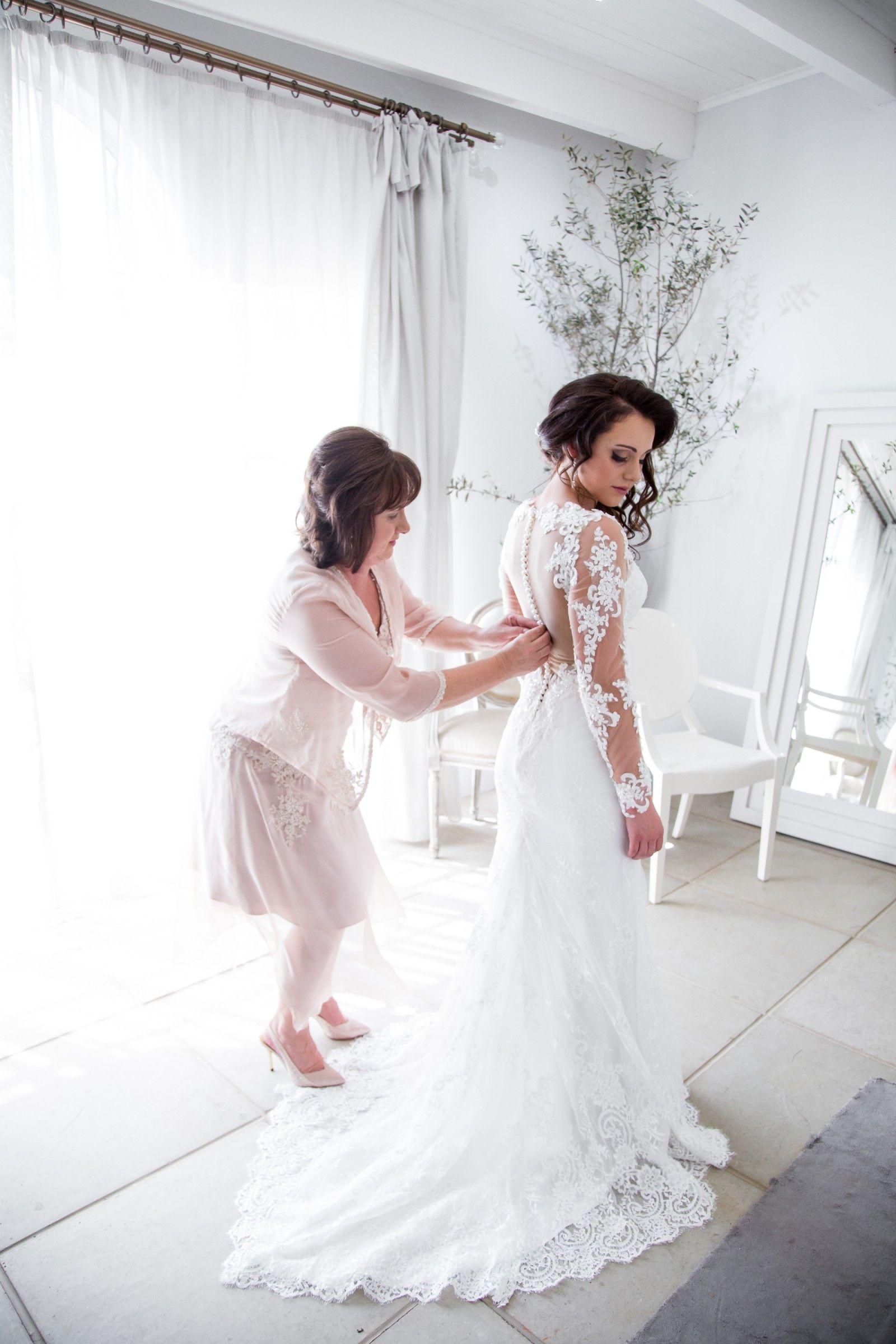 Kobus Dippenaar Naomi Customised Pre-Owned Wedding Dress on Sale ...