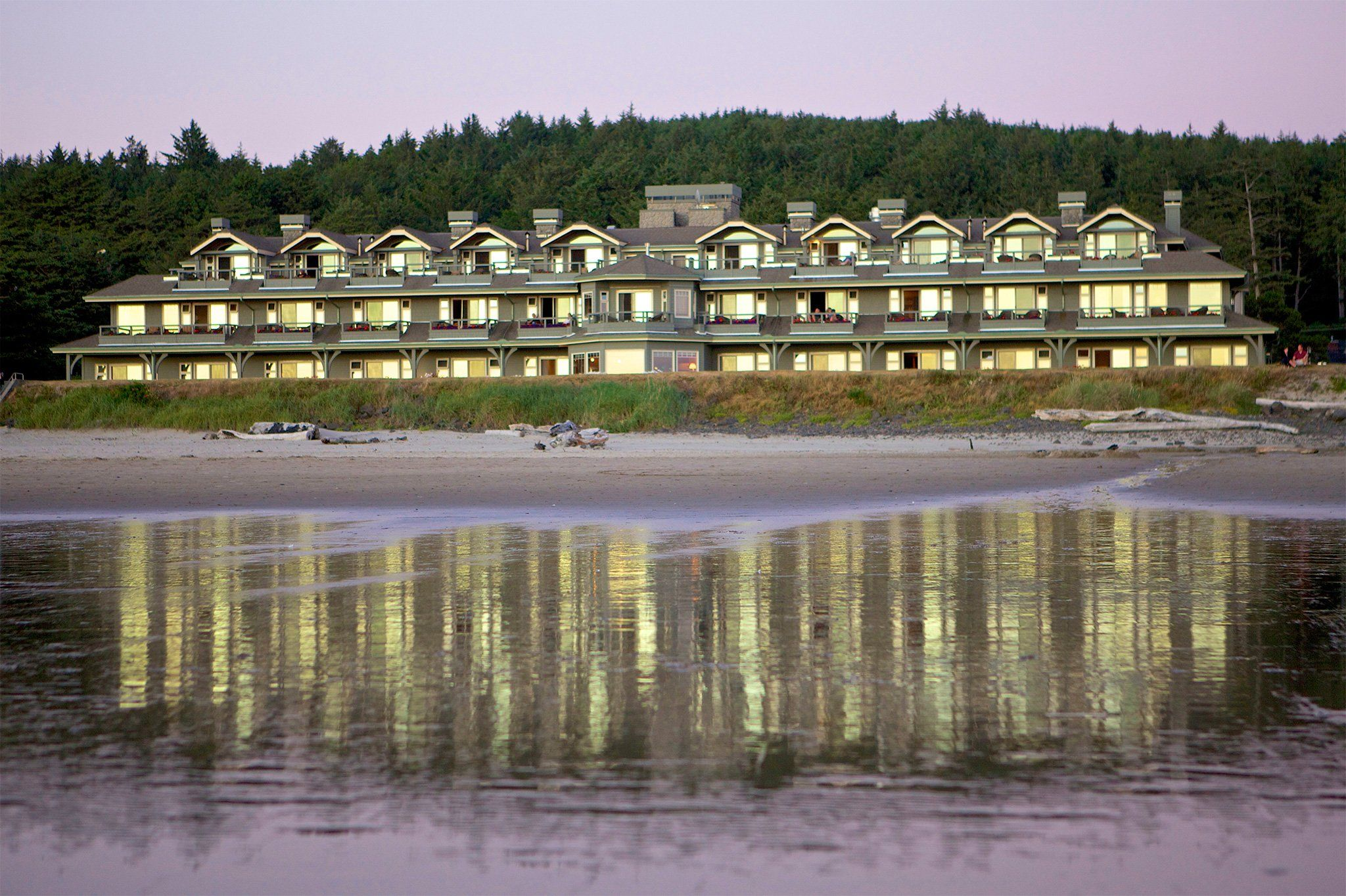 Discover The Inn Stephanie Oceanfront Hotel In Cannon Beach Oregon