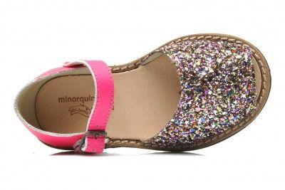 8e8adaa41ea1e Chaussures pour enfants   les sandales pour petites filles « Minorquines »