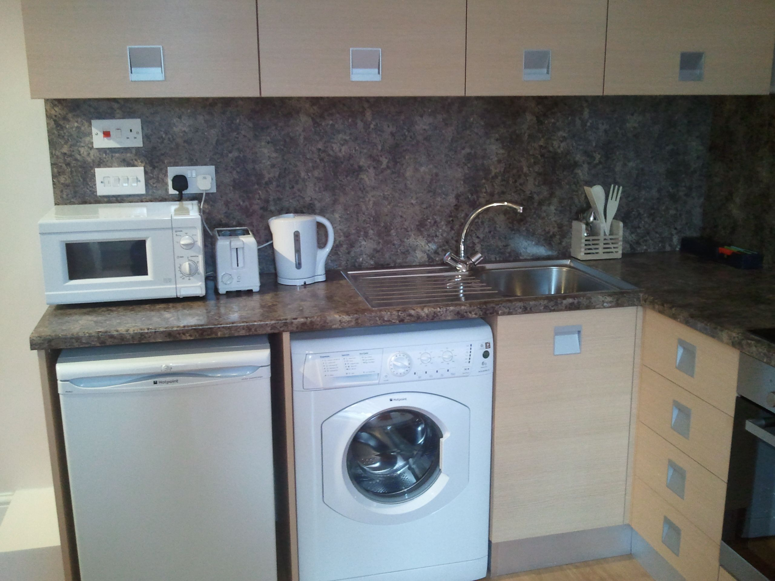 London apartments and holiday flats for rent, budget accommodation www.shortlet-london.com