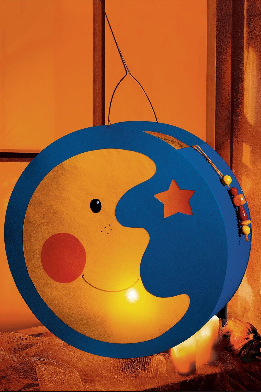 Bastelanleitung für eine Mondlaterne | familie.de