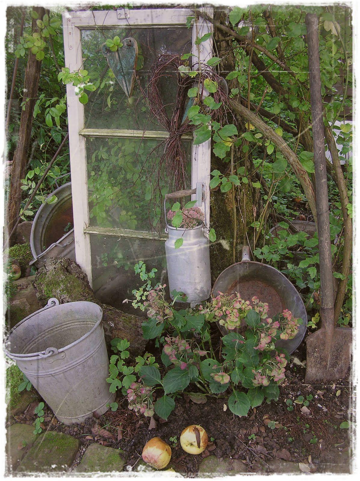 Wir Waren Schon Lange Nicht Mehr Im Garten Also Auf Geht S Kommt Ihr Mit Verwasserte Hortensien Zi Garten Garten Gestalten Garten Deko