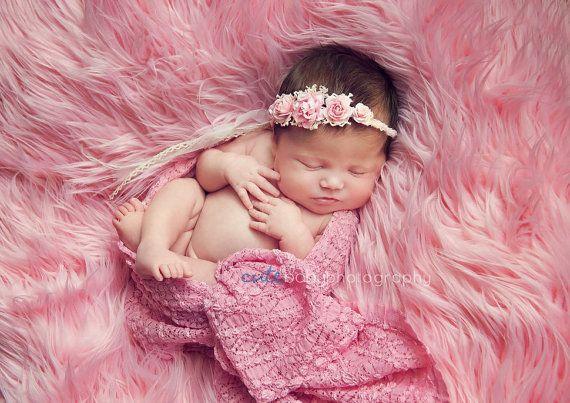 Neugeborene rosa Rose geflochten Zugband. von verityisabelle
