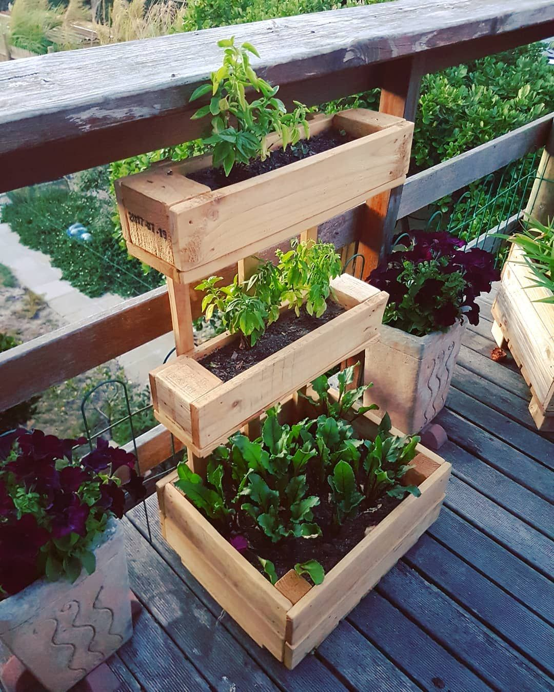 Creative Ideas For Wooden Pallets Recycled Planters Wood Pallet Planters Diy Planters Outdoor Pallets Garden