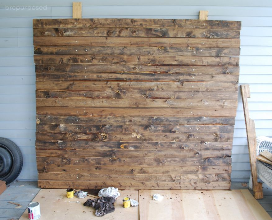 Diy Faux Distressed Wood Backdrop Pallets Pallets