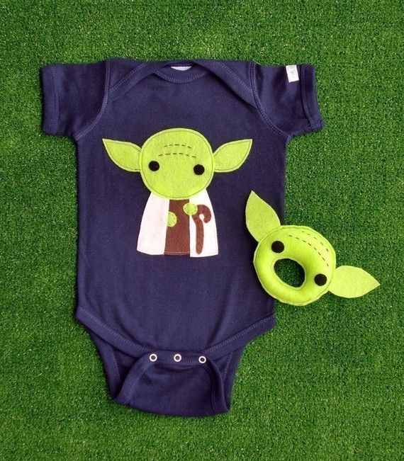 Yoda Onesie - need this for Cam!!  so cute!!
