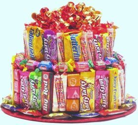 Candy Birthday Cake notice they are funsize candies Home made