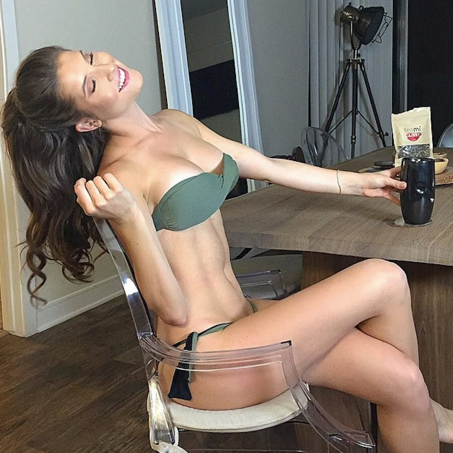 Idea By Ur Mums A Nice Lady On Nice Things Amanda Cerny Playmate