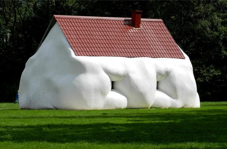 This house is a bit overweight! Read about Erwin Wurm's interesting Fat Series: http://bit.ly/niumearchitecture… #architecture