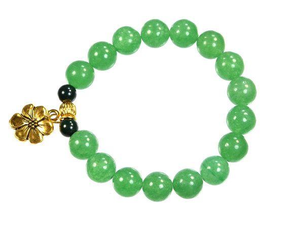 Beaded Stretch Bracelet Green Aventurine Gemstone by CoralsJewelry