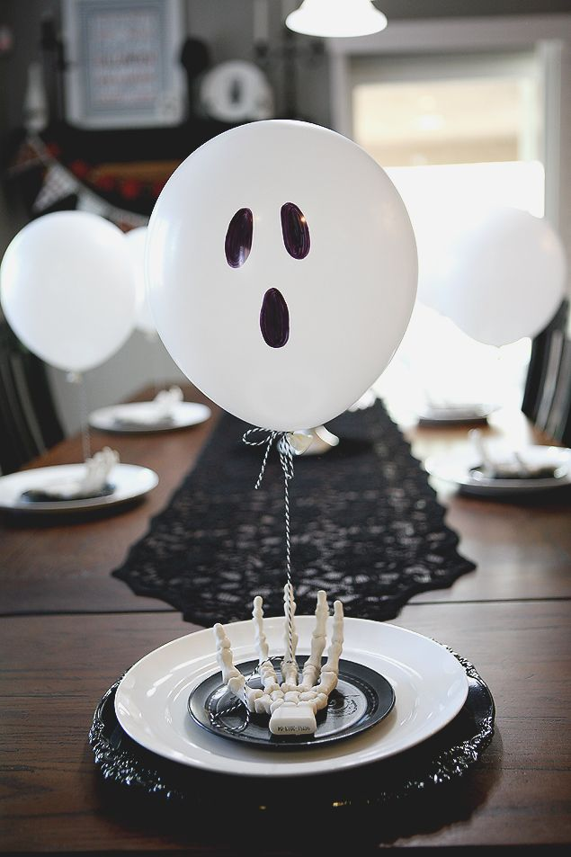 Balloon Ghost Table Setting Messages, Halloween table settings and - halloween table setting ideas