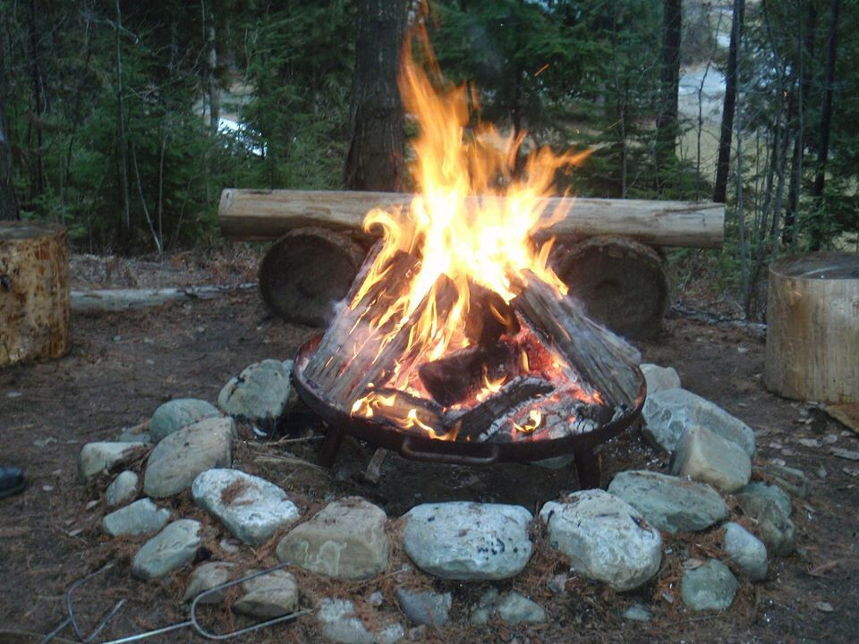 Evening Fire In The Great State Of Montana Fire Pit Backyard
