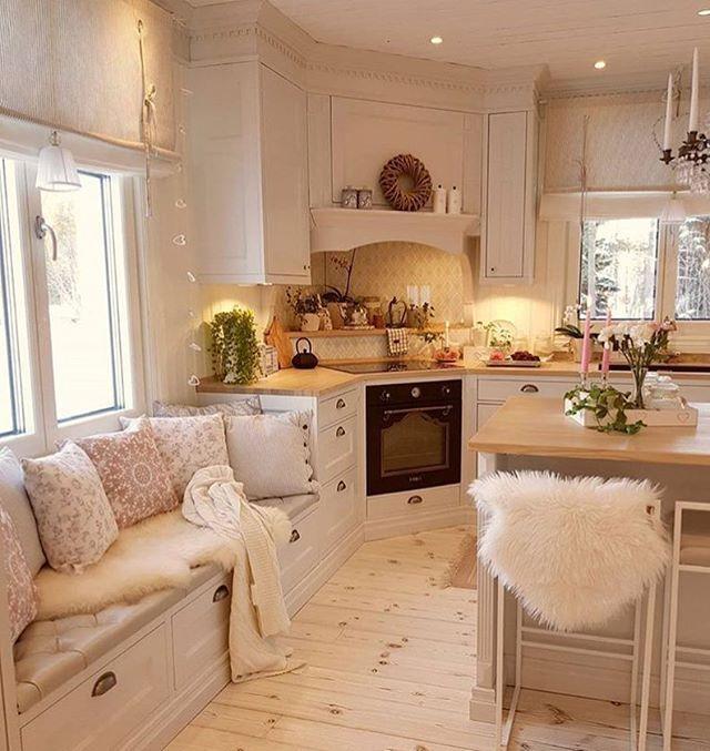Offene Landhaus-Küche