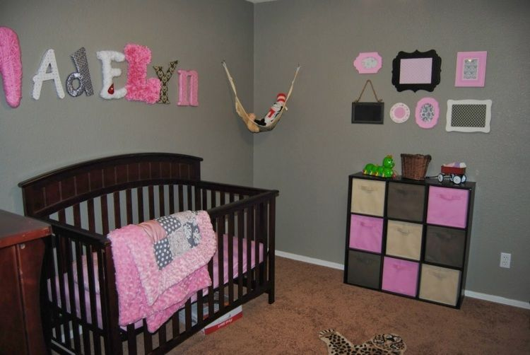 Awesome Idee Deco Chambre Bebe Fille Rose Et Gris Photos ...