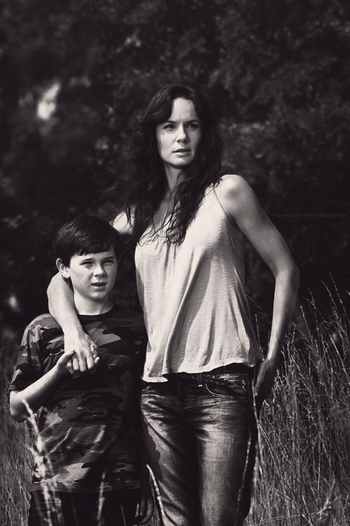 The Walking Dead.  Carl and Lori i miss you so much lori