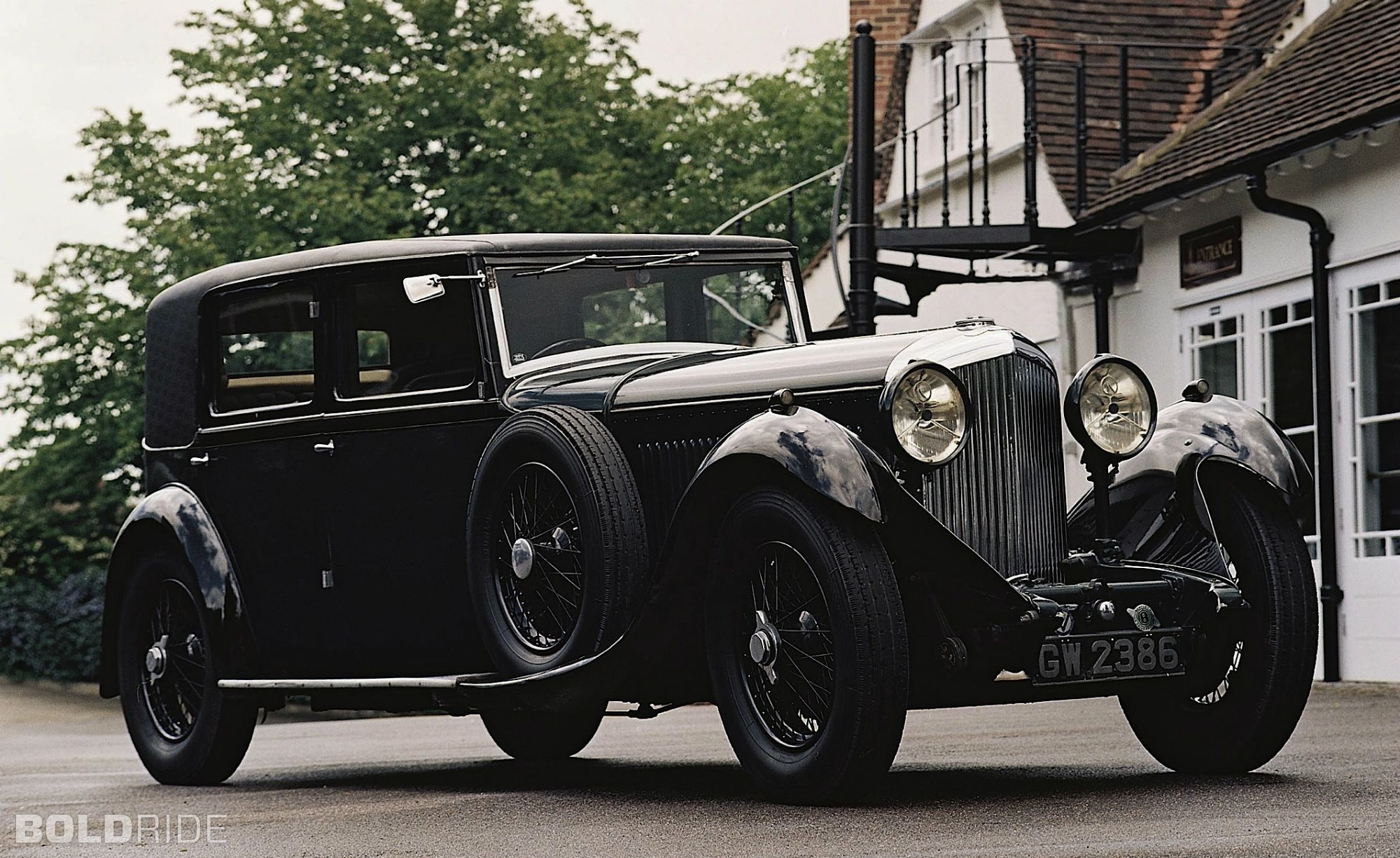 1930-1939 Cars Pictures and Videos | 1930s | Pinterest | Industry ...