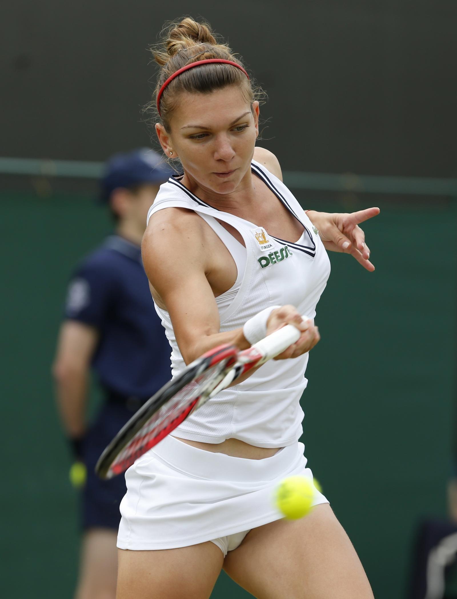 sport-women-upskirt
