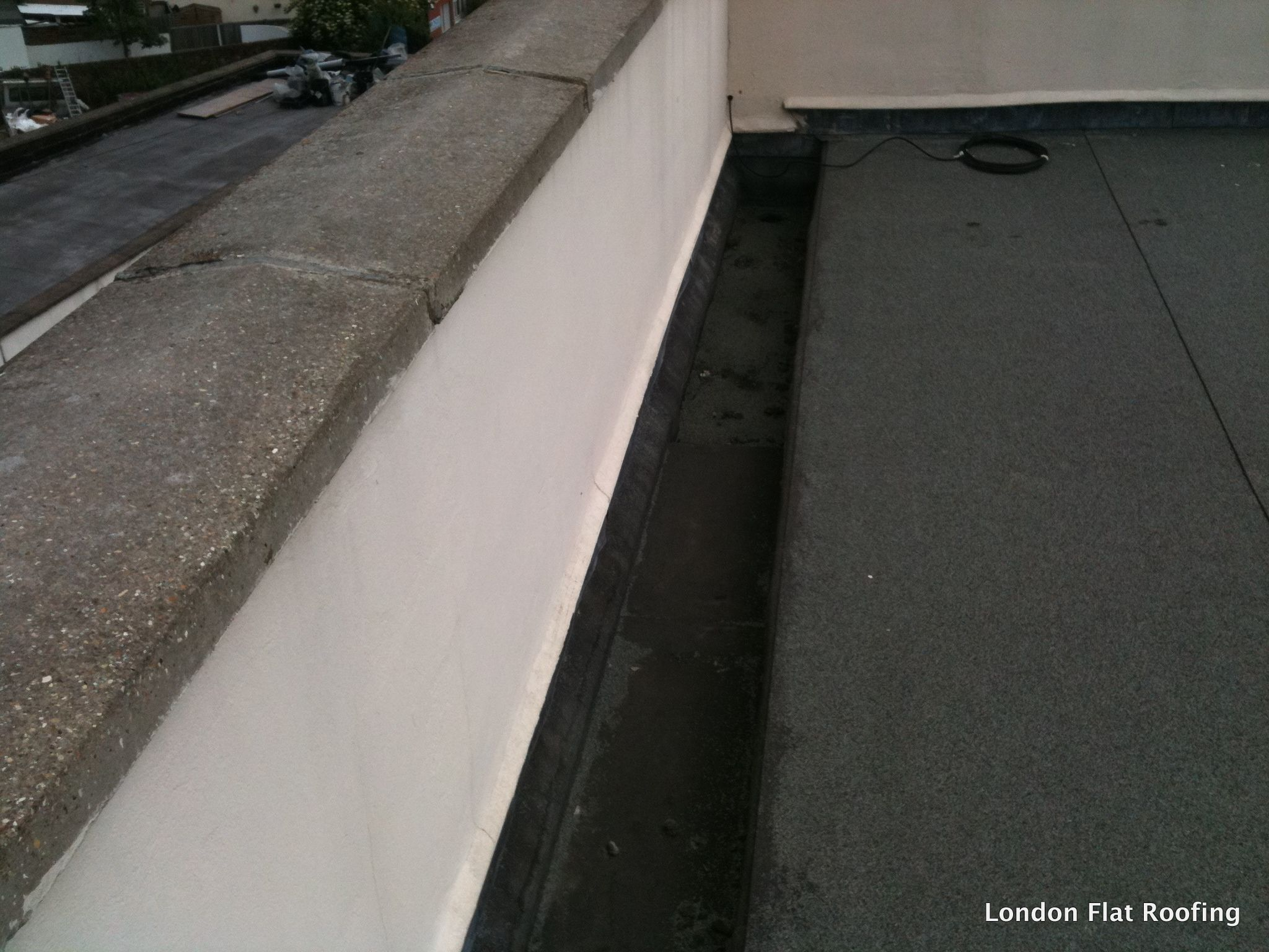 Leaking Parapet Walls Flat Roof Coping Stone Wall