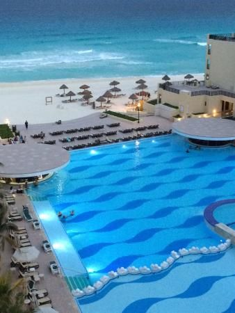 The Royal Sands Resort Spa All Inclusive Royal Sands Cancun Mexico Royal Resorts Cancun Dreams Sands Cancun Resort Spa