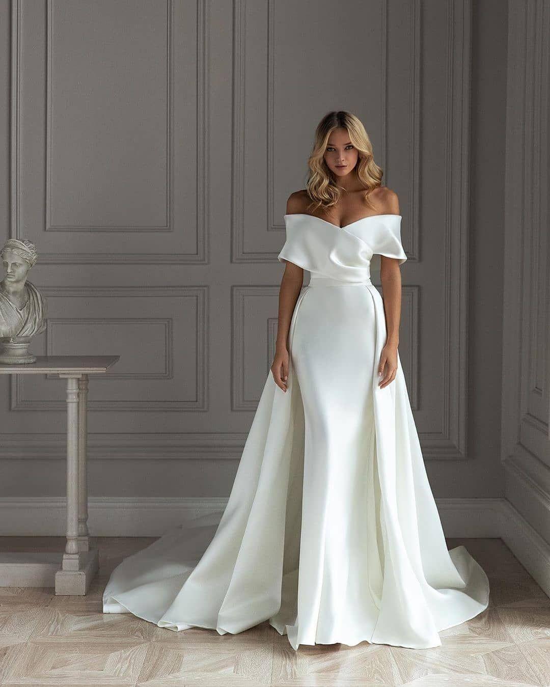 931 Mentions J Aime 12 Commentaires Africa S Top Wedding Website Bellanaijawedding Stylish Wedding Dresses Formal Dresses For Weddings Formal Wear Dresses [ 1349 x 1080 Pixel ]