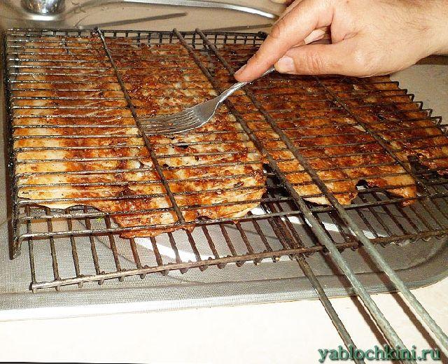 Как пожарить рыбу на костре в барбекю газовый камин с баллоном