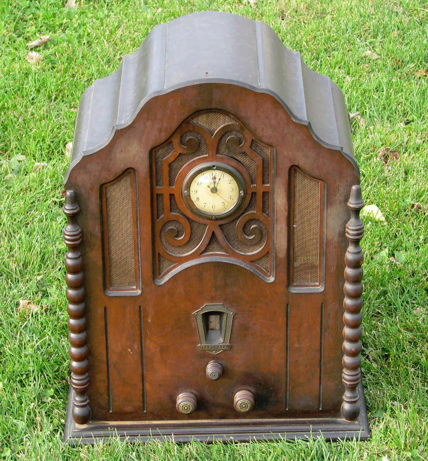 Vintage Art Deco Marshall Cathedral Tube Radio With Telechron Clock Ebay Antique Radio Vintage Radio Antique Wall Clock
