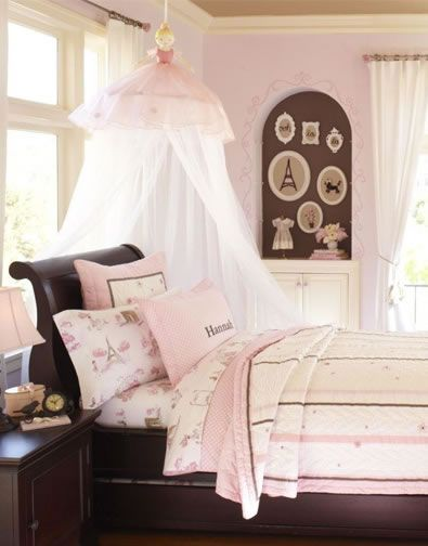 I Love The Rick Rack Eiffel Tower On The Wall Could Be Super Cute As A Throw Pillow In Girl S Room Pottery Barn
