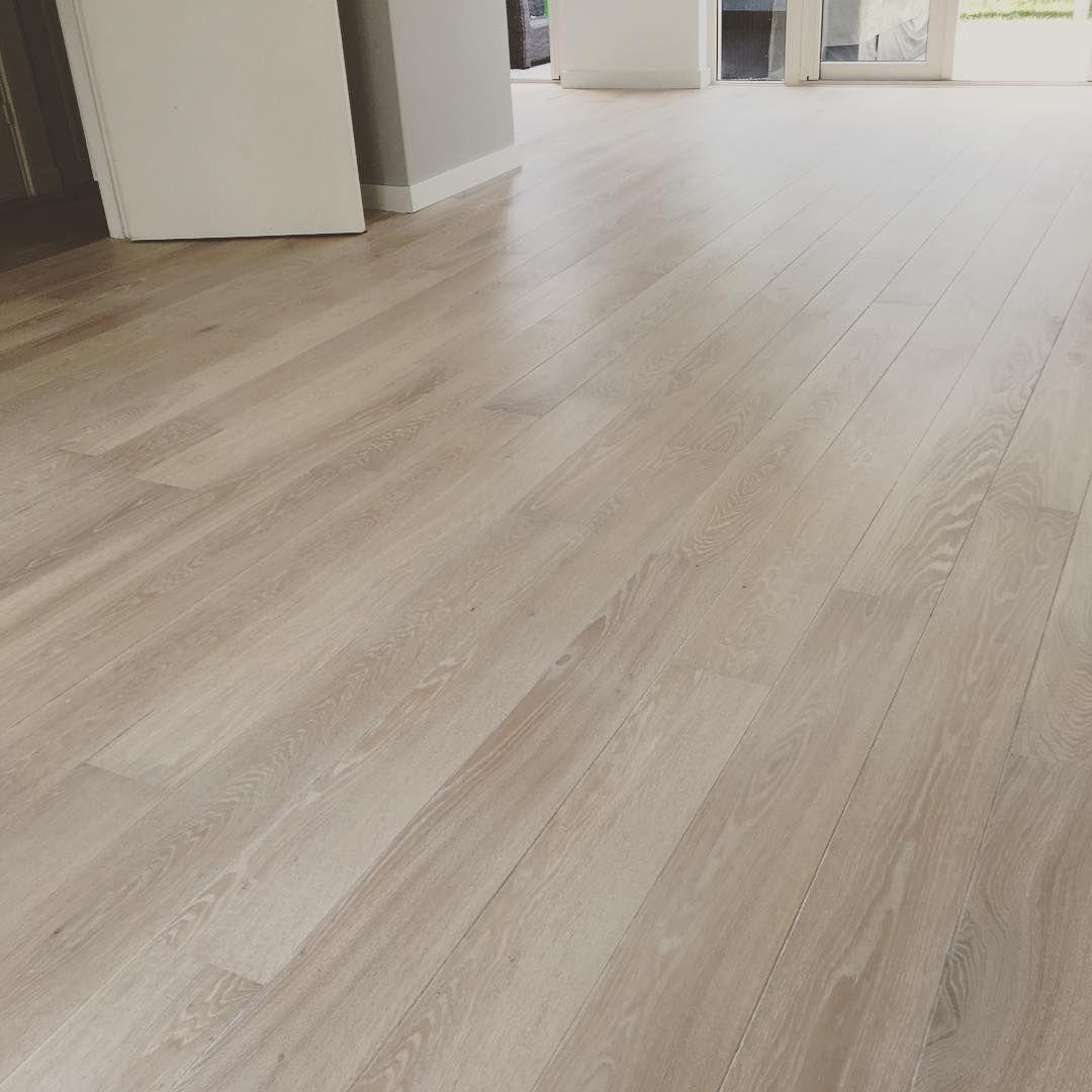 European Oak finished with WOCA Diamond Oil White Wood