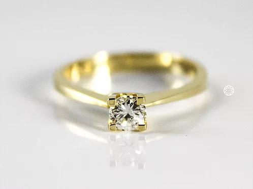 خاتم سوليتير ألماس 0 40 قيراط على ذهب أصفر عيار 18 Engagement Rings Engagement Jewelry