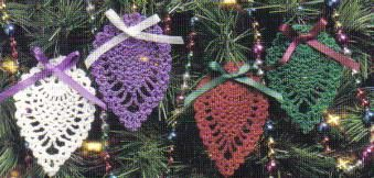 Free Pineapple Crochet Afghan Patterns | free crochet Christmas ornaments patterns crochet with metallic threads--sew 2 back -to-back, & stuff with potpourri for wonderful ornament gifts(hang on tree, in car, in bathroom, place in drawers, bags)