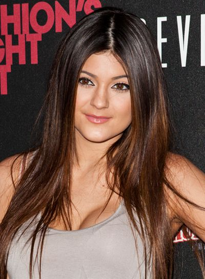 Kylie Jenner   Brunette hairstyles, Straight hair and Brunettes