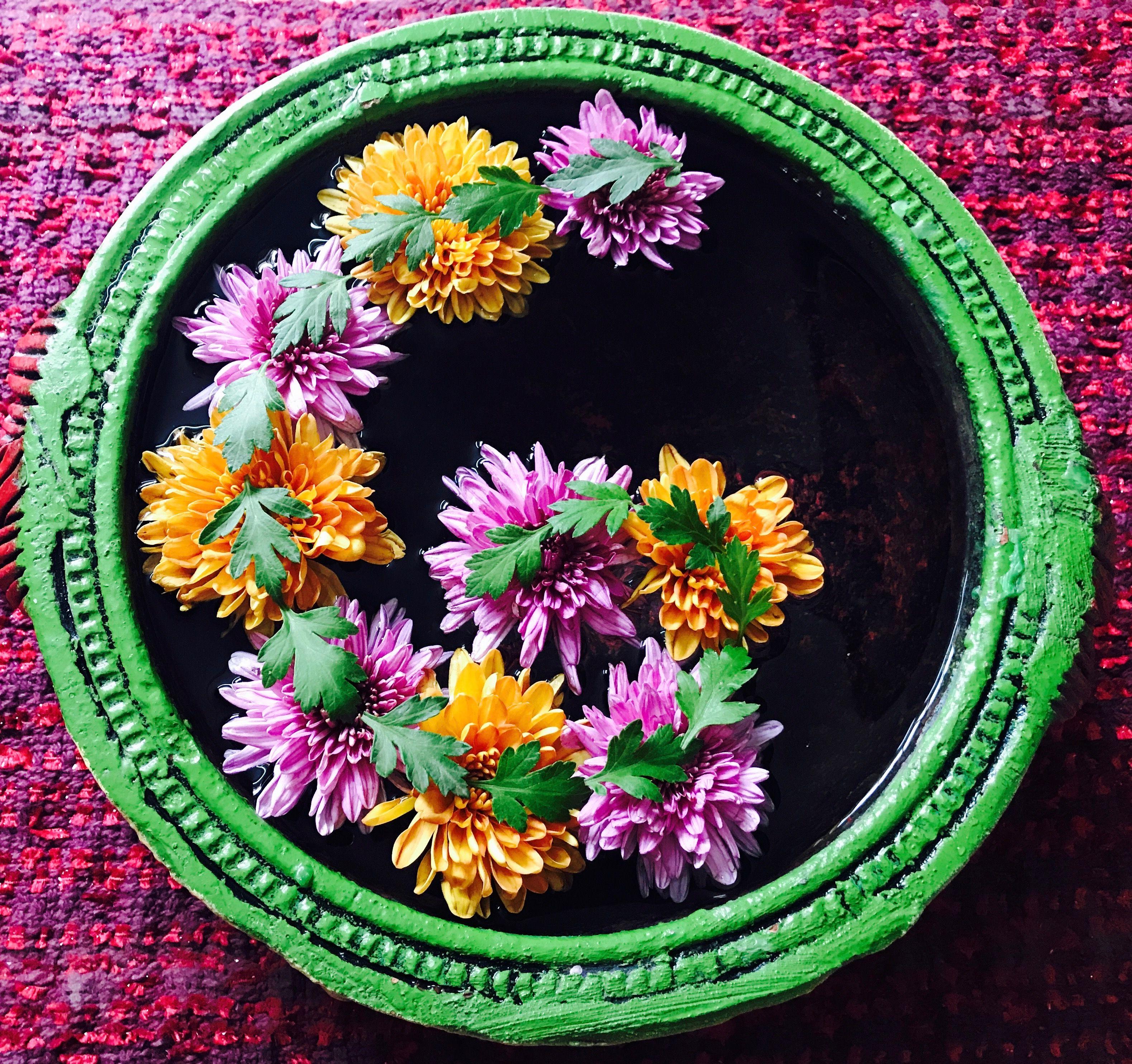 Flower rangoli Floating flowers, Floating flower