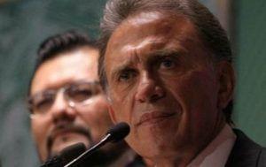 Miguel Ángel Yunes Linares confirmó que llevará al gobierno de Javier Duarte a la cárcel, anunció una comisión de la verdad que investigue las desapariciones forzadas y advirtió que la indagatoria sobre el desvío de recursos se remontará 12 años atrás, es decir, a la administración de su rival político, Fidel Herrera Beltrán, cónsul […]