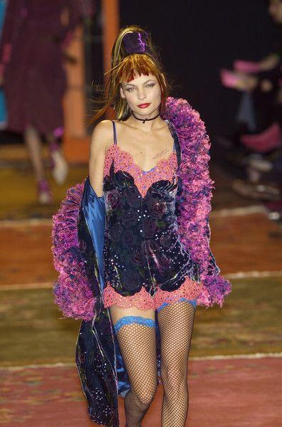 Betsey Johnson at New York Fashion Week Fall 2001 - Runway Photos