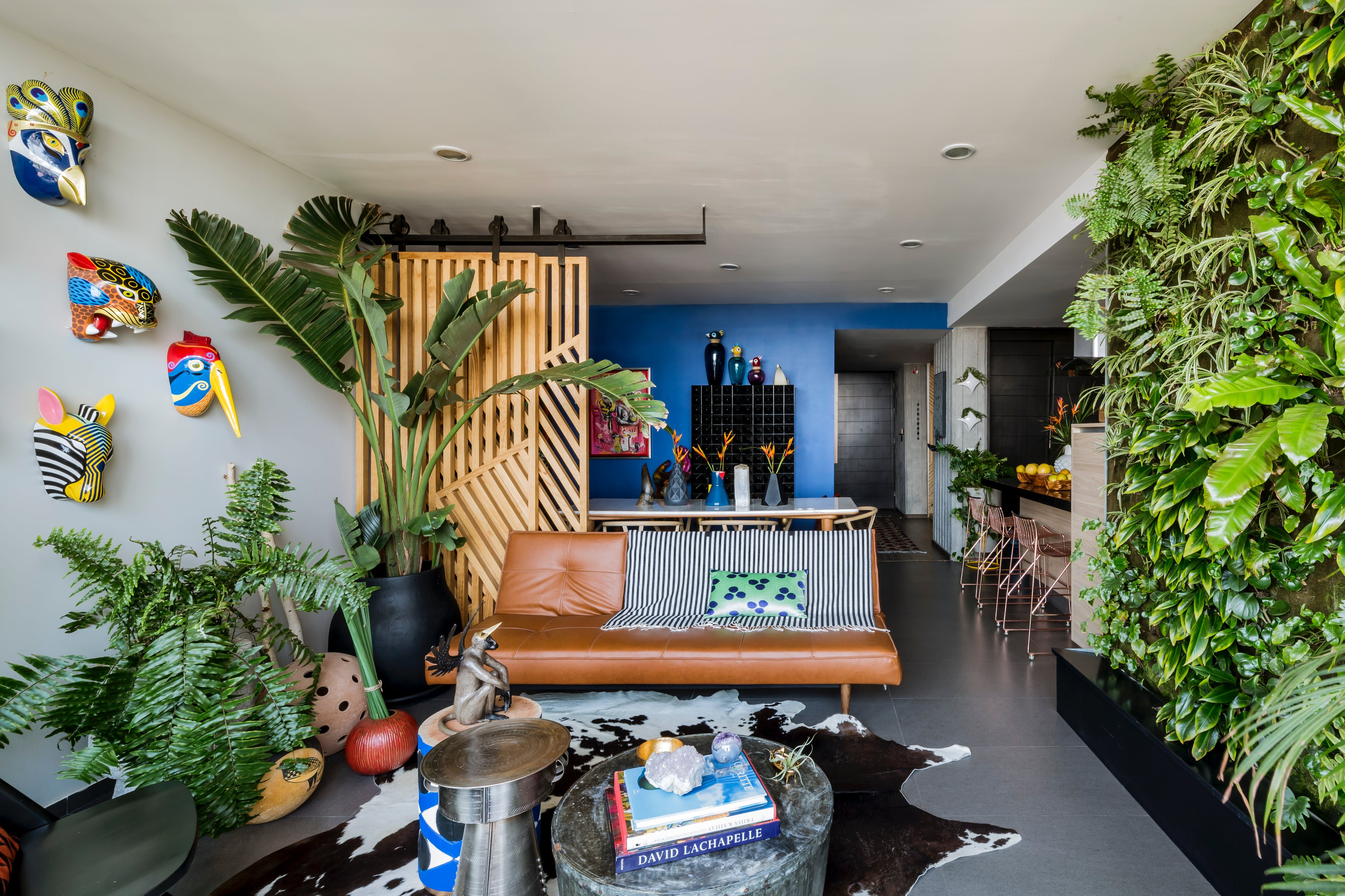 A Colorful Home In Mexico Celebrating Eclectic Maximalism Jungle Decorations Plants Indoor Apartment Decor