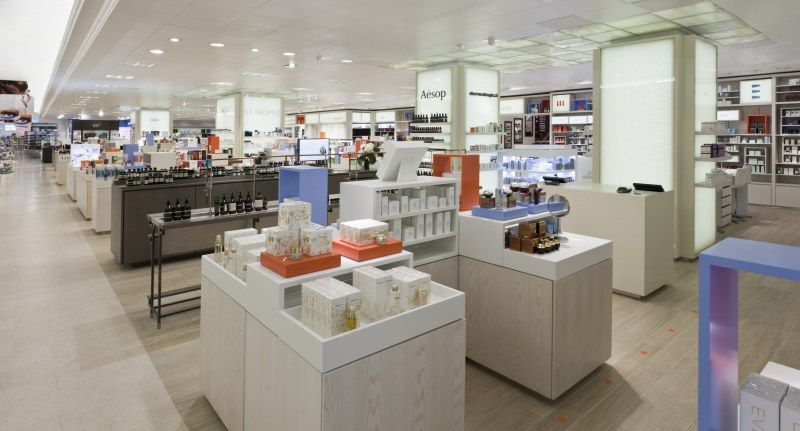 Selfridges beauty workshop london ground floor 400 for Retail interior design agency london