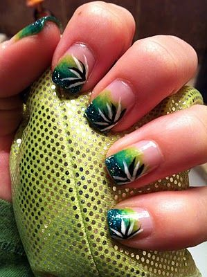 freehand gradient green polish and nail art