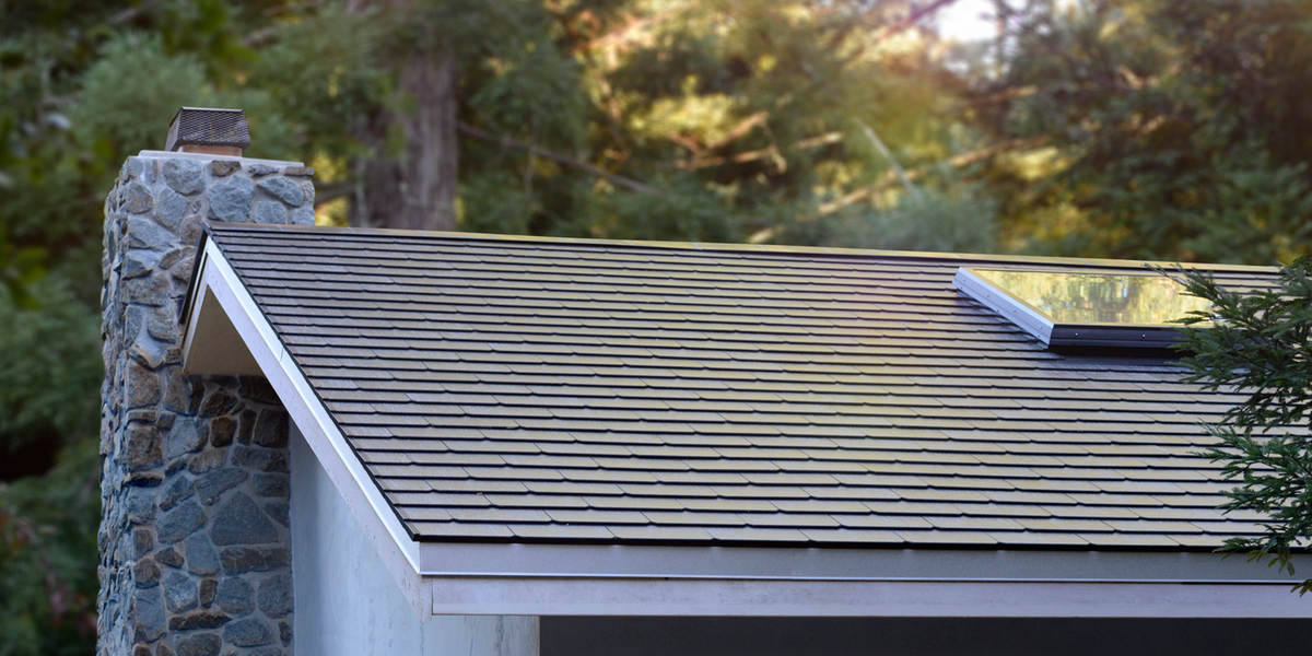 Tesla 39 S Price Promises Savings But They Won 39 T Come Immediately The Tesla Solar Roof Is Here And If Company Ce Tesla Solar Roof Solar Roof Solar Tiles